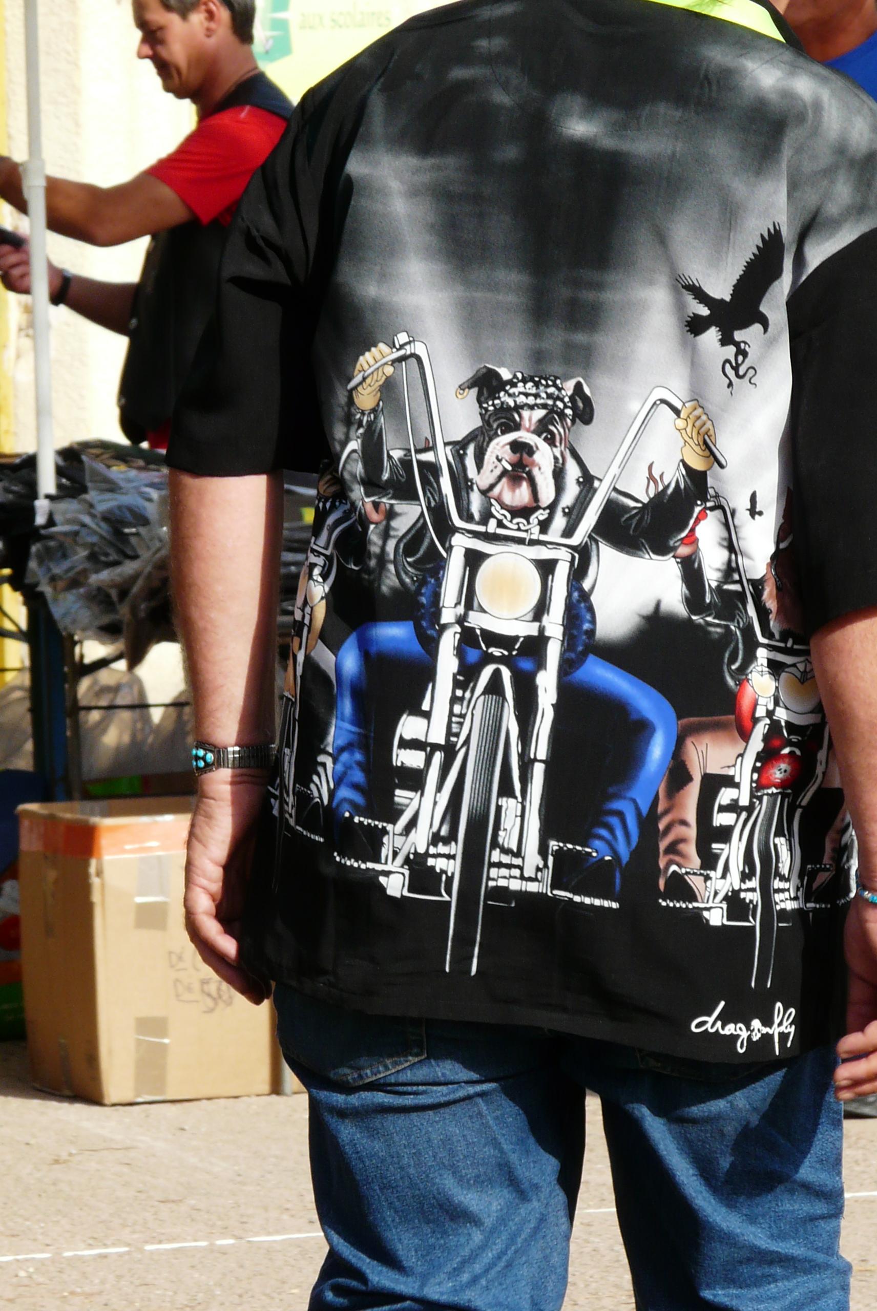 Chemises et T-shirts d'enfer !!!